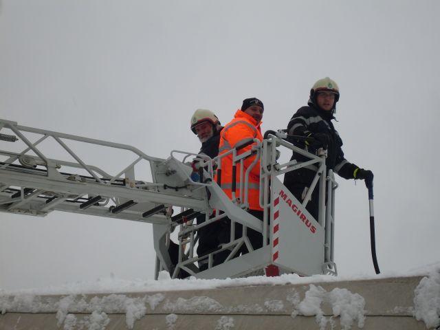 101203 – Schnee-Einsatz Fa. Pongratz